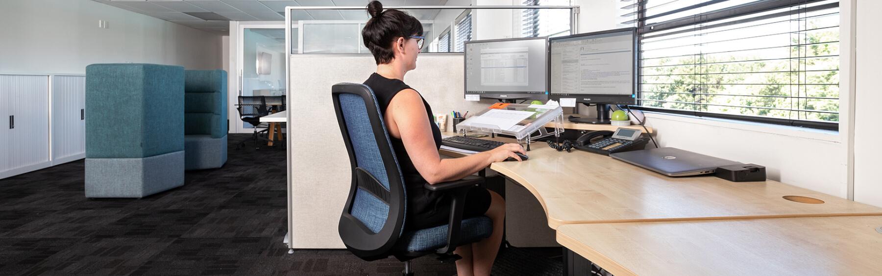 buro office ergonomic setup